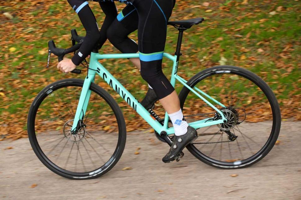 Canyon Inflite AL SLX 6.0 Race - riding 4.jpg