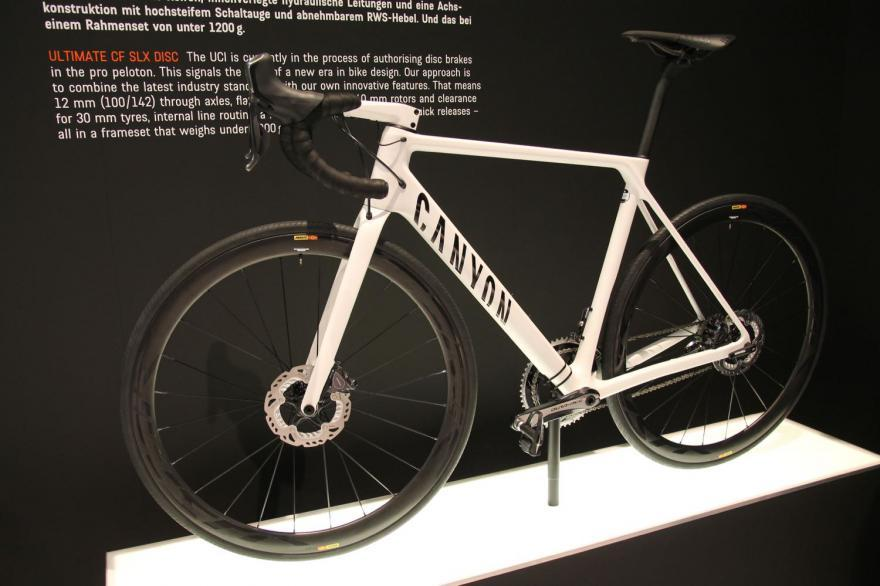 Canyon Ultimate CF SLX Disc 3.jpg