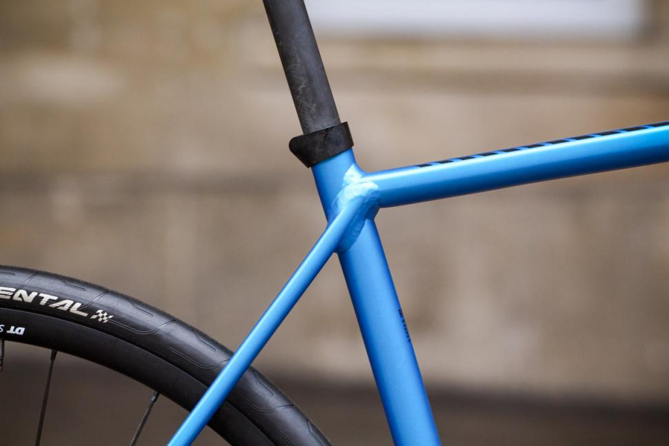 canyon_endurace_al_disc_7.0_-_seat_tube_junction.jpg