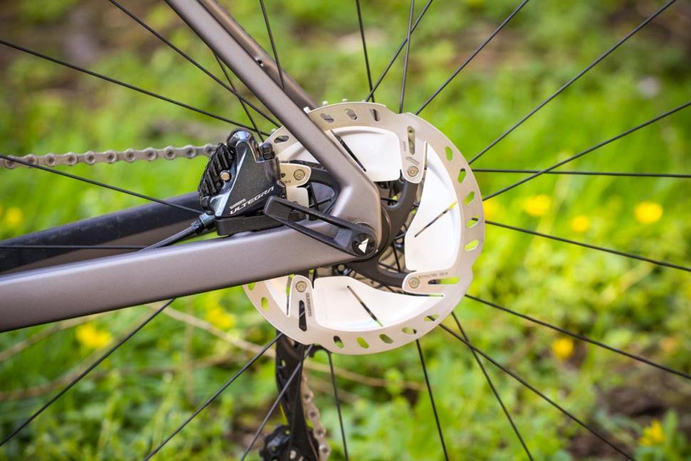 canyon_grail_cf_sl_8.0_sl_-_rear_disc_brake.jpg