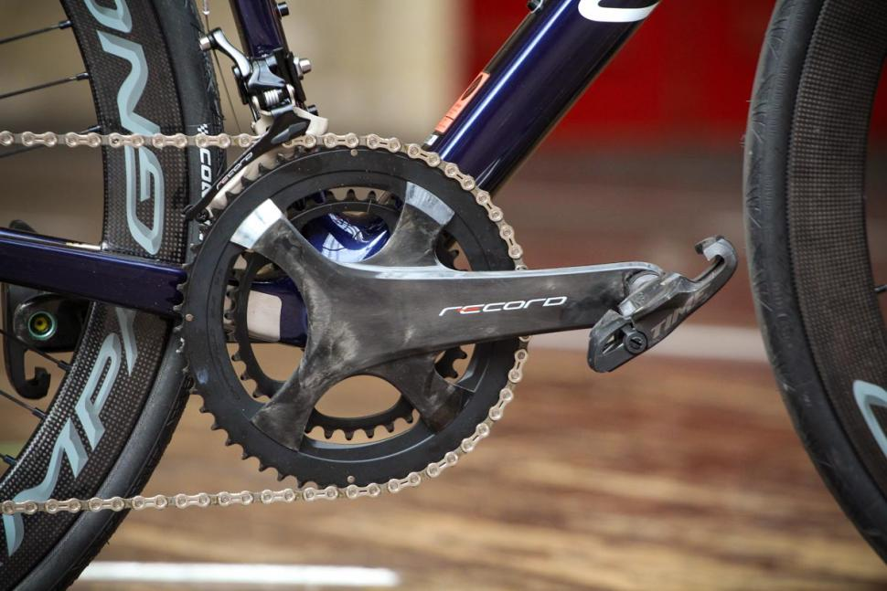 canyon_ultimate_cf_slx_9.0_disc_movistar_edition_12spd_campagnolo_-_crank.jpg