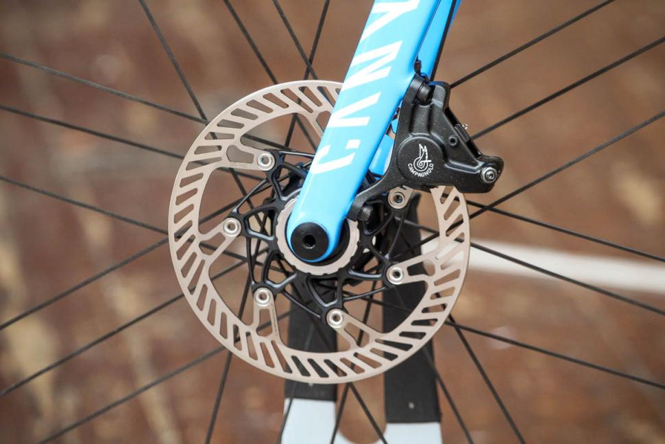 canyon_ultimate_cf_slx_9.0_disc_movistar_edition_12spd_campagnolo_-_front_disc_brake.jpg