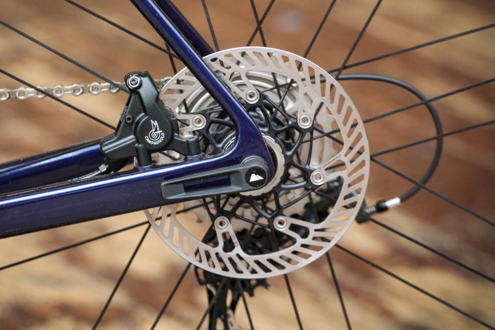 canyon_ultimate_cf_slx_9.0_disc_movistar_edition_12spd_campagnolo_-_rear_disc_brake.jpg