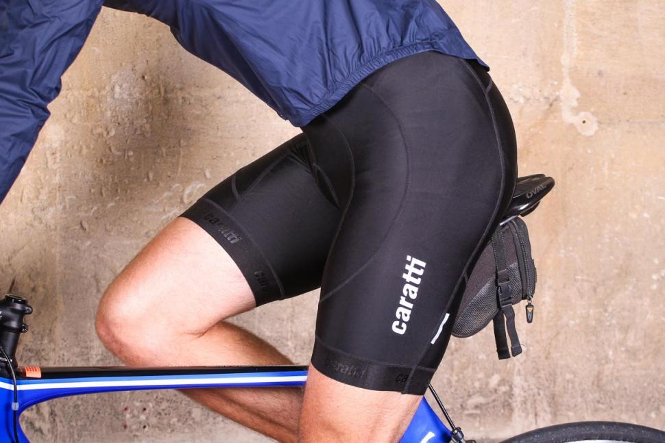 caratti_sport_bib_shorts_-_riding.jpg