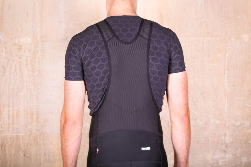 caratti_sport_bib_shorts_-_straps_back.jpg