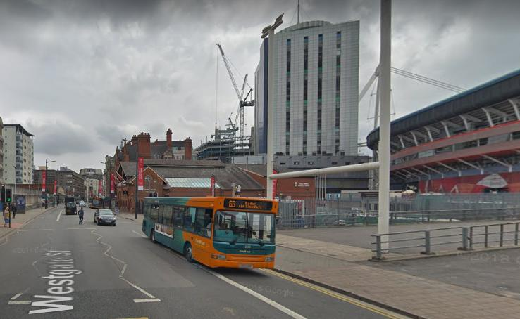 Cardiff bus on Westgate Street (via GoogleStreetView).PNG