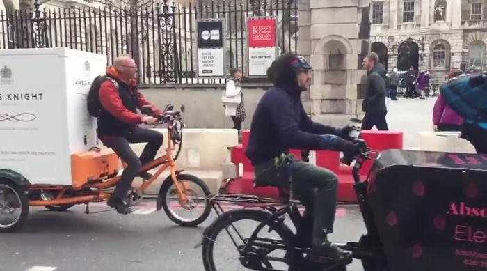 Cargo bike convoy (via Twitter video)