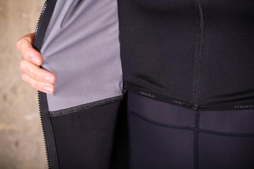 Castelli Alpha Ros womens jacket - lining seam.jpg