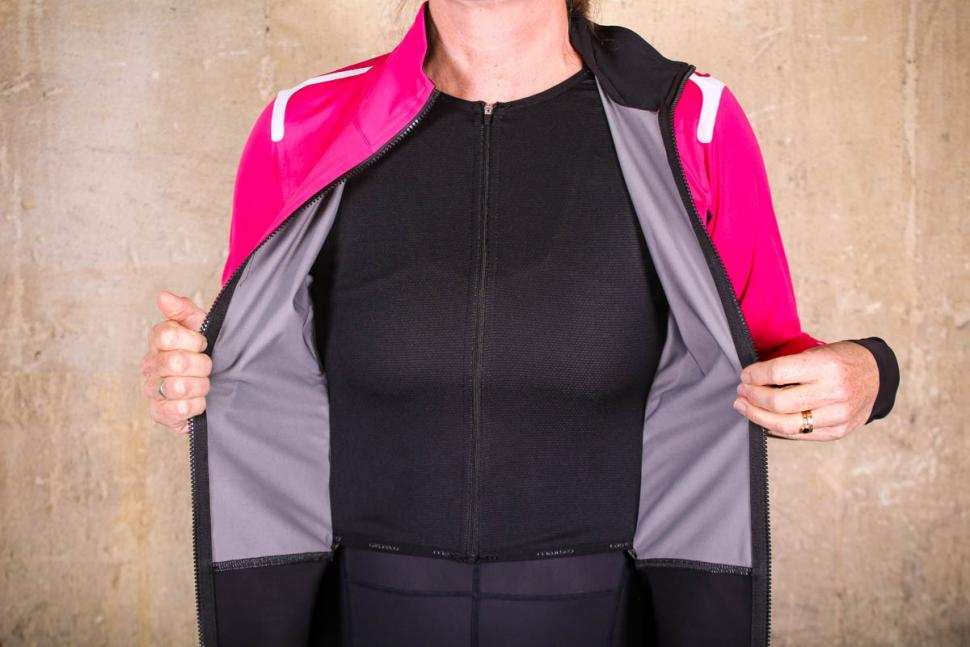 Castelli Alpha Ros womens jacket - lining.jpg