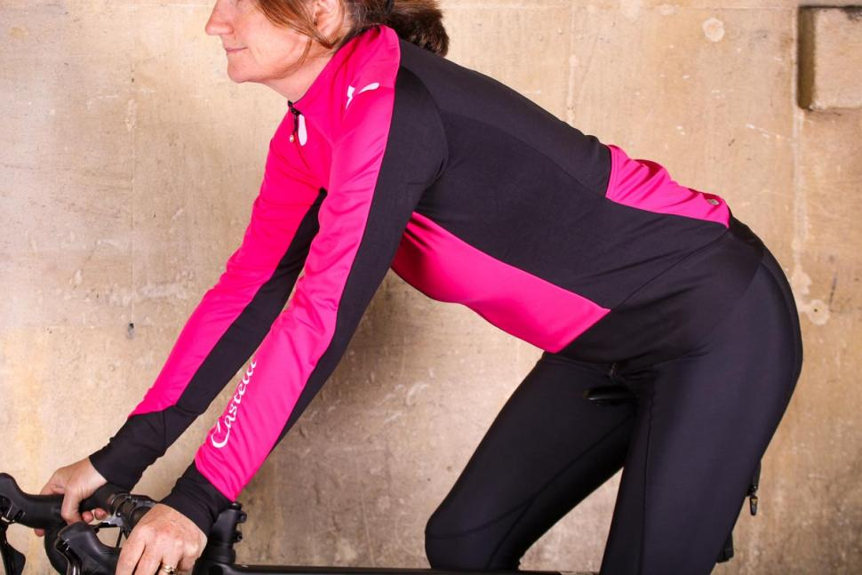 Castelli Alpha Ros womens jacket - riding.jpg