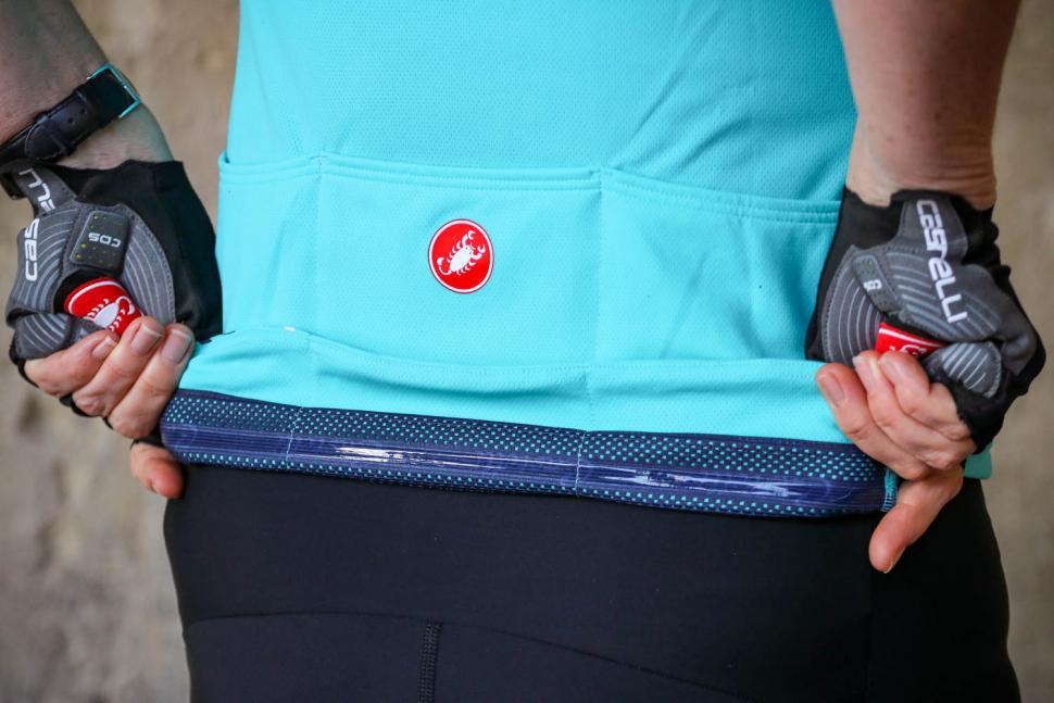 Castelli Anima 2 Women's Cycling Jersey - gripper.jpg