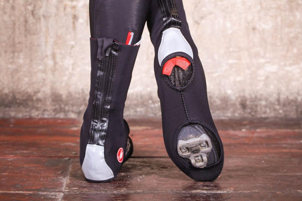 Castelli Diluvio Pro overshoes - sole.jpg