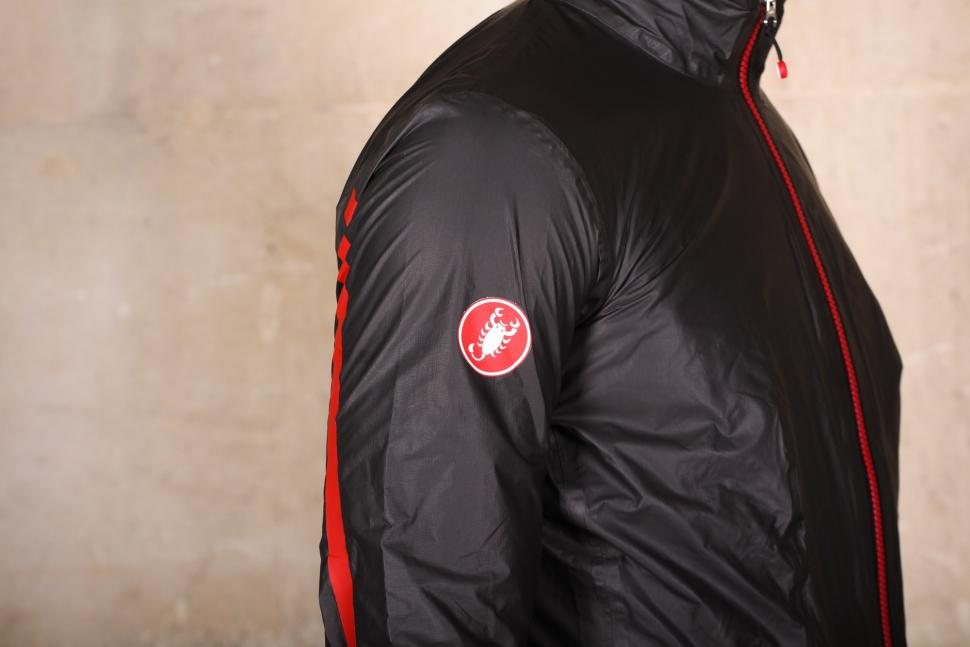 Castelli Idro Jacket - sleeve logo.jpg