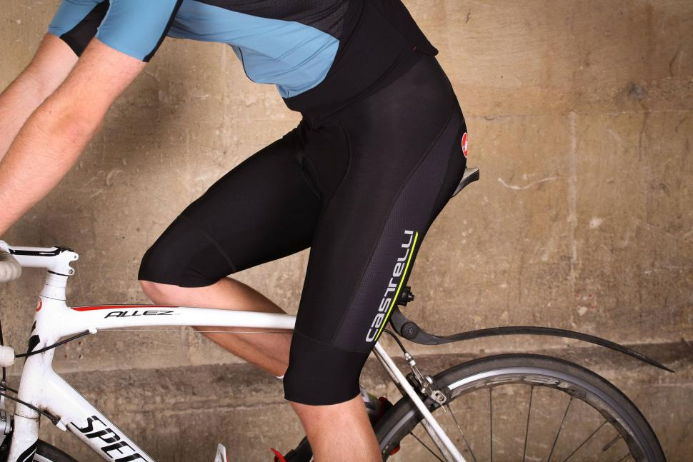 Review  Castelli Omloop Thermal bib shorts  8fb1fd9ba