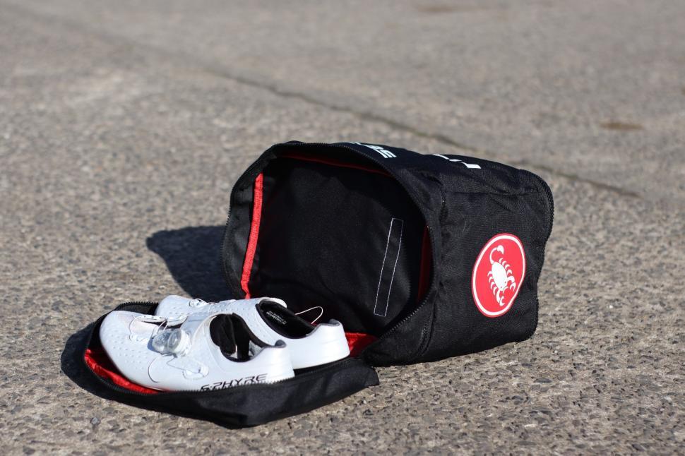 Castelli Race Rain Bag 3.jpg