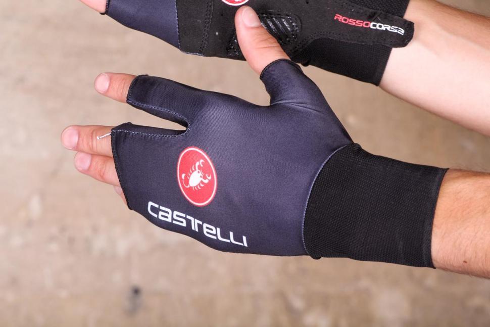 castelli_aero_speed_cycling_glove_-_back.jpg