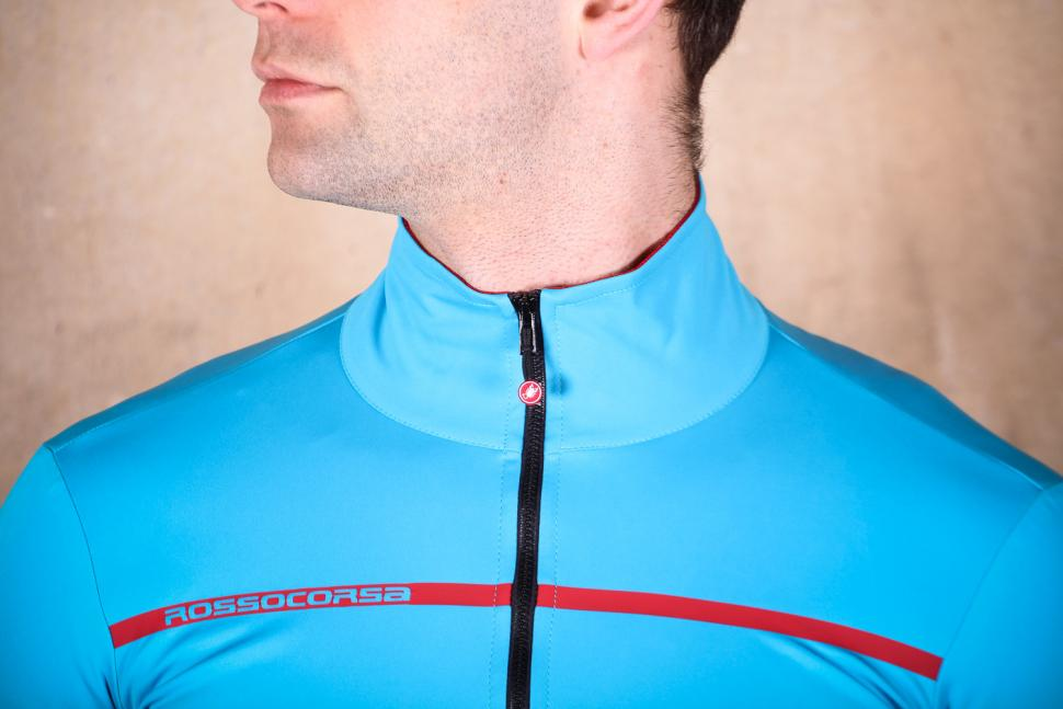 castelli_perfetto_light_2_-_collar.jpg