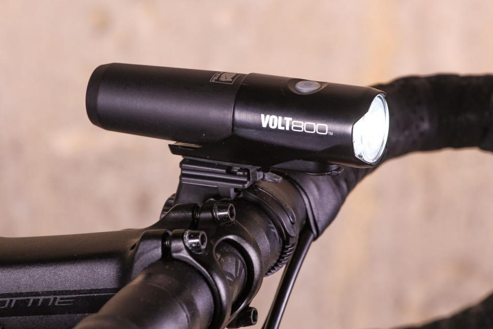 Cat Eye Volt 800 front light