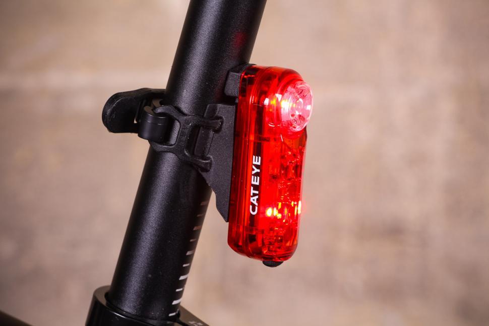 Cateye Combo Sync Core Sync Kinetic Headlight//Taillight Set