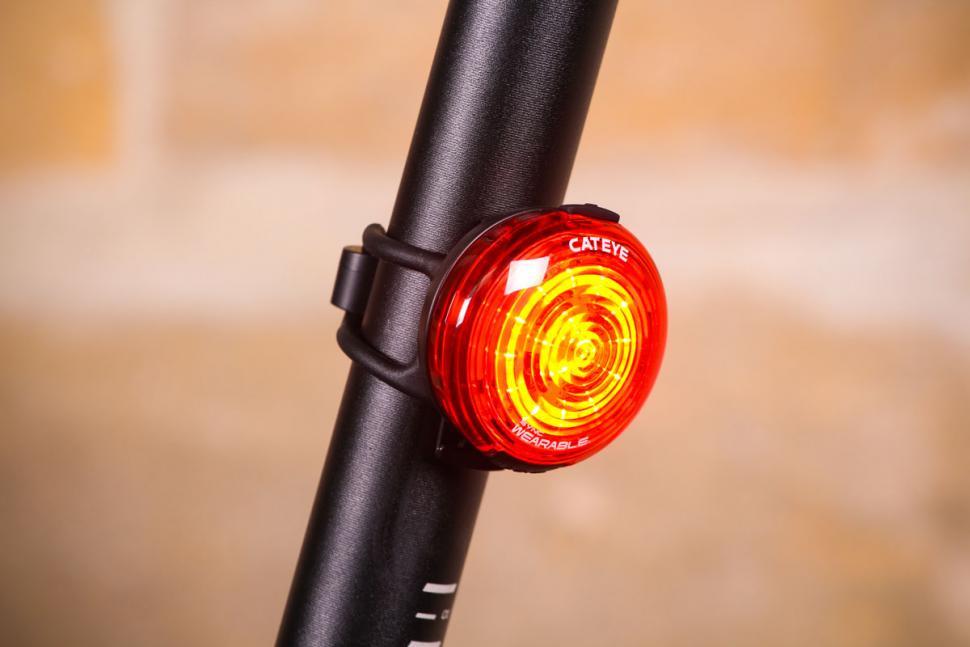 Cateye Sync Wearable - bright.jpg