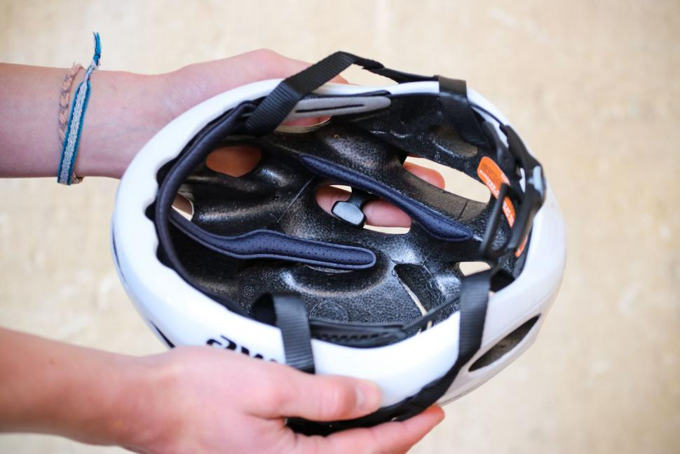 Catlike Vento helmet - inside.jpg