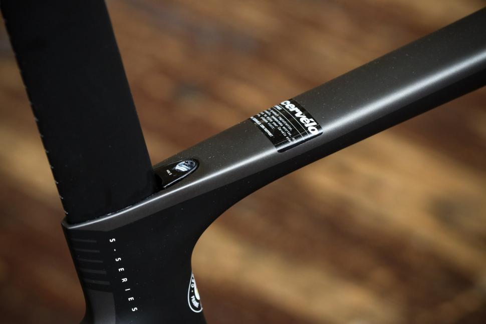Cervelo S5 UItegra Di2 - seat post clamp.jpg
