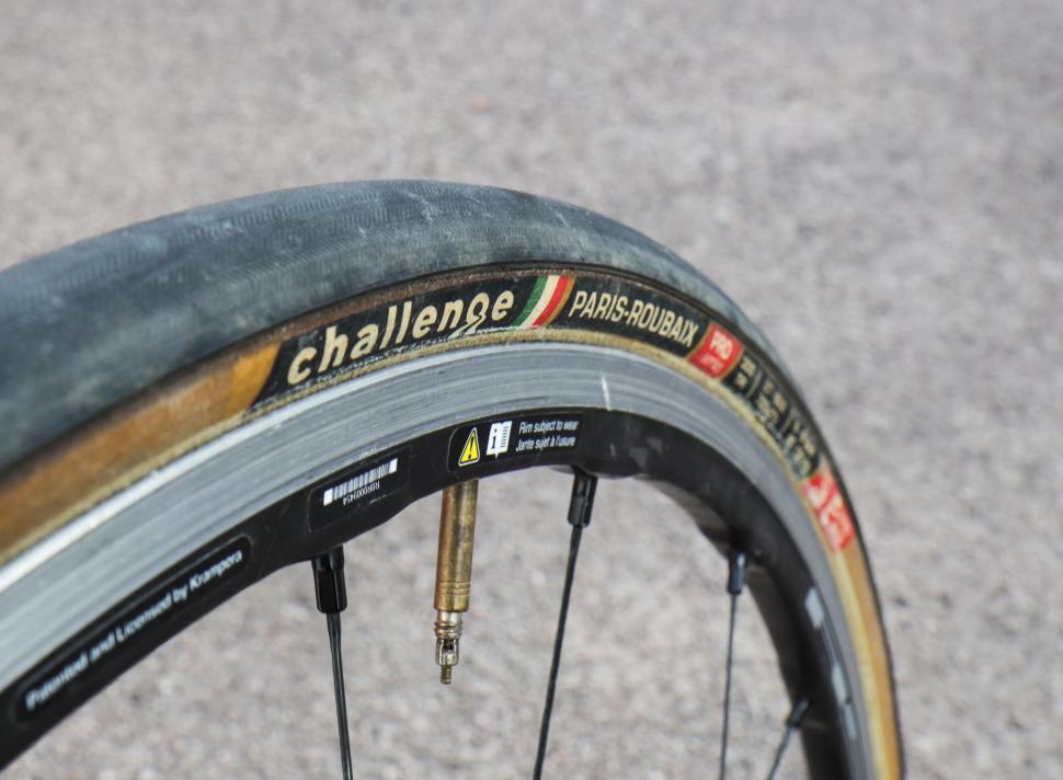 challenge paris-roubaix tyres-4.jpg