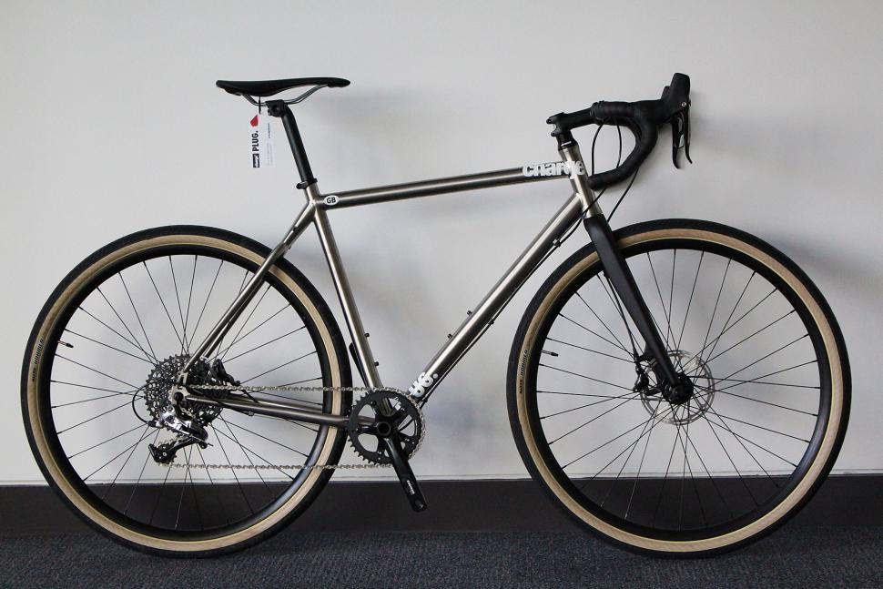 Charge Plug 5 - full bike.jpg