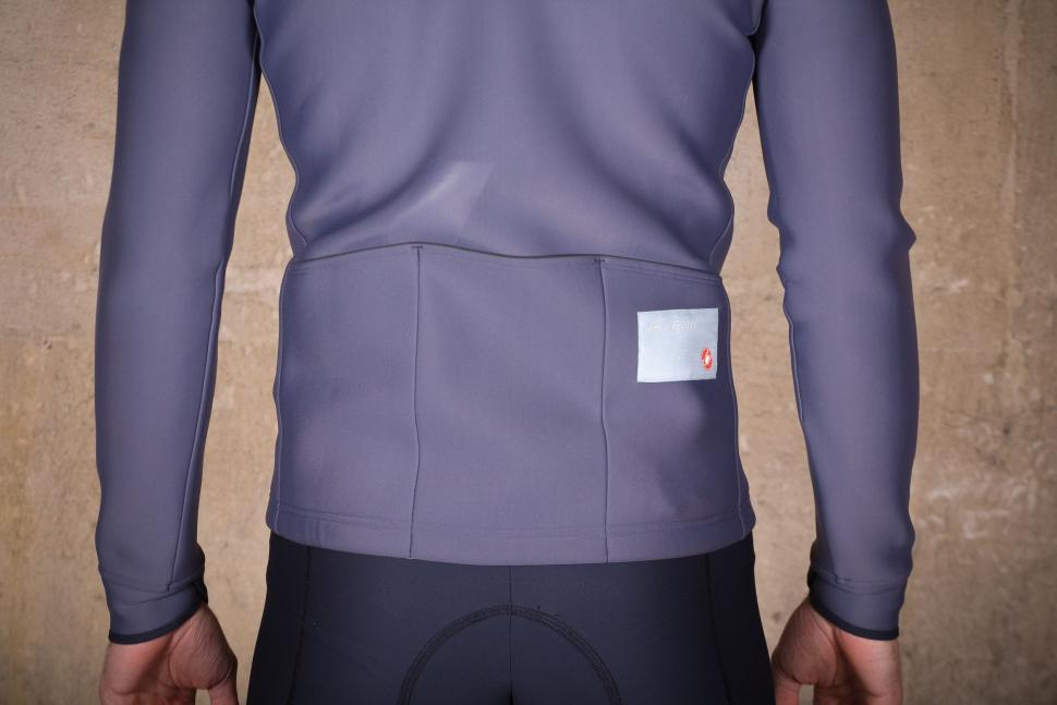 Chpt.III Jersey Jacket - pockets.jpg