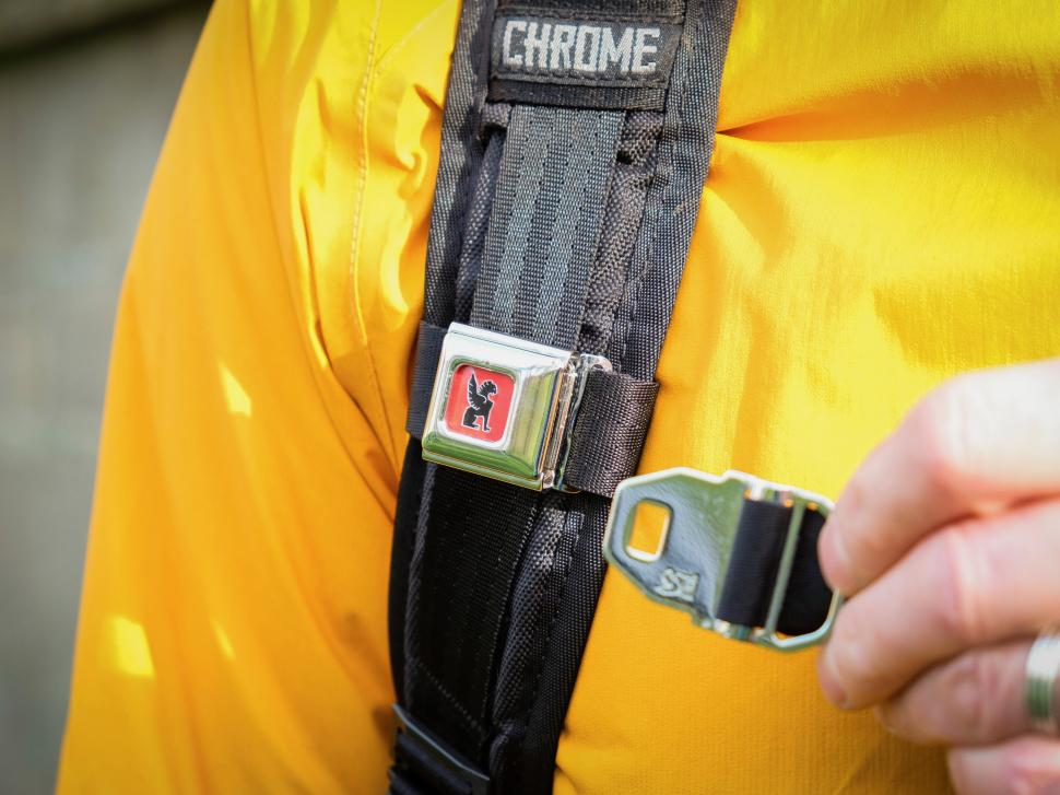 Chrome Barrage Backpack Buckle-17.jpg
