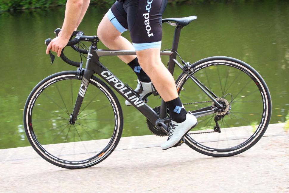 cipollini_mcm_-_riding_2.jpg