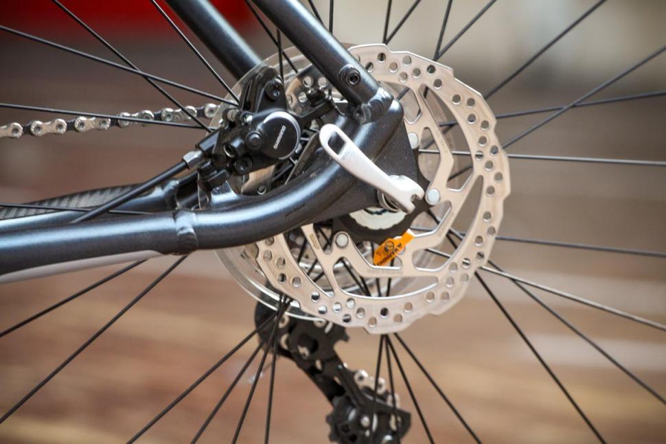 claud_butler_quest_11_-_disc_brake_rear.jpg