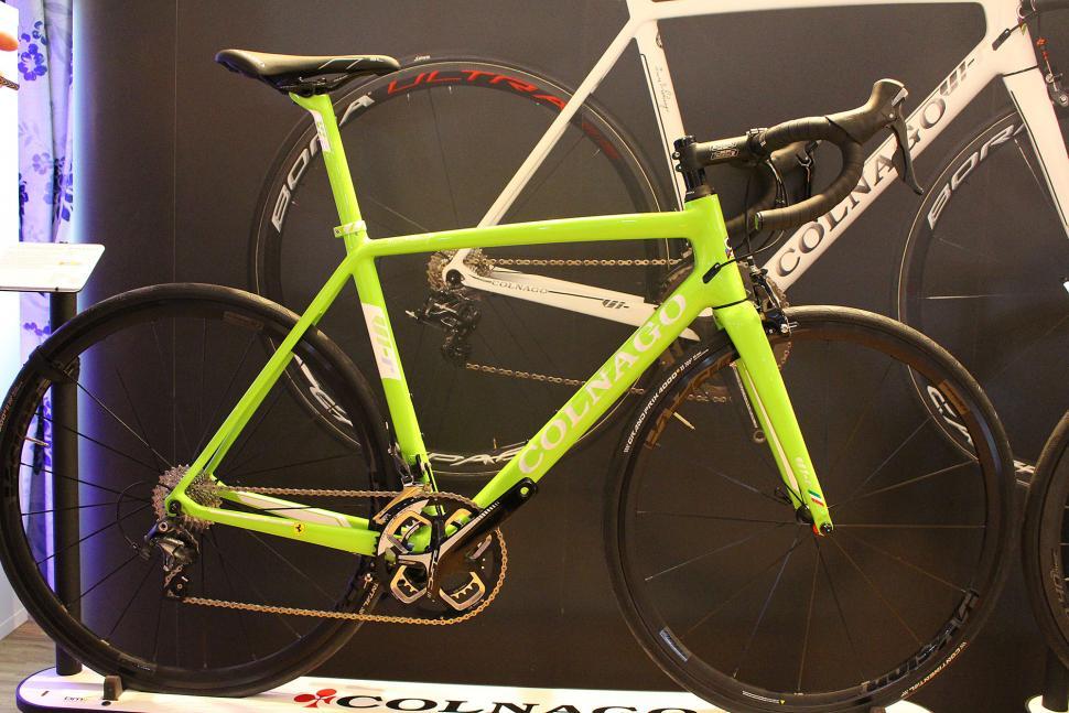 Colnage V1-R Ltd - full bike.jpg