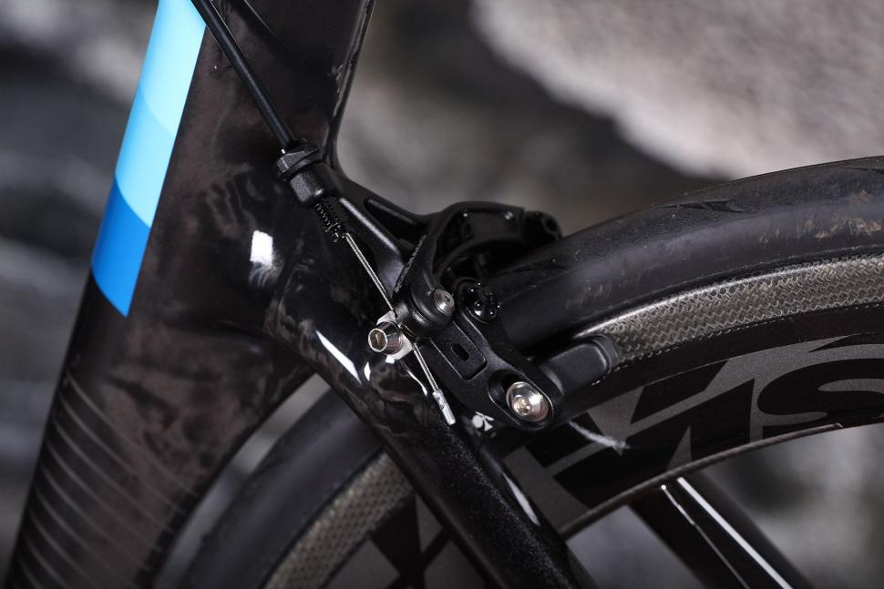 Colnago Concept - rear brake.jpg