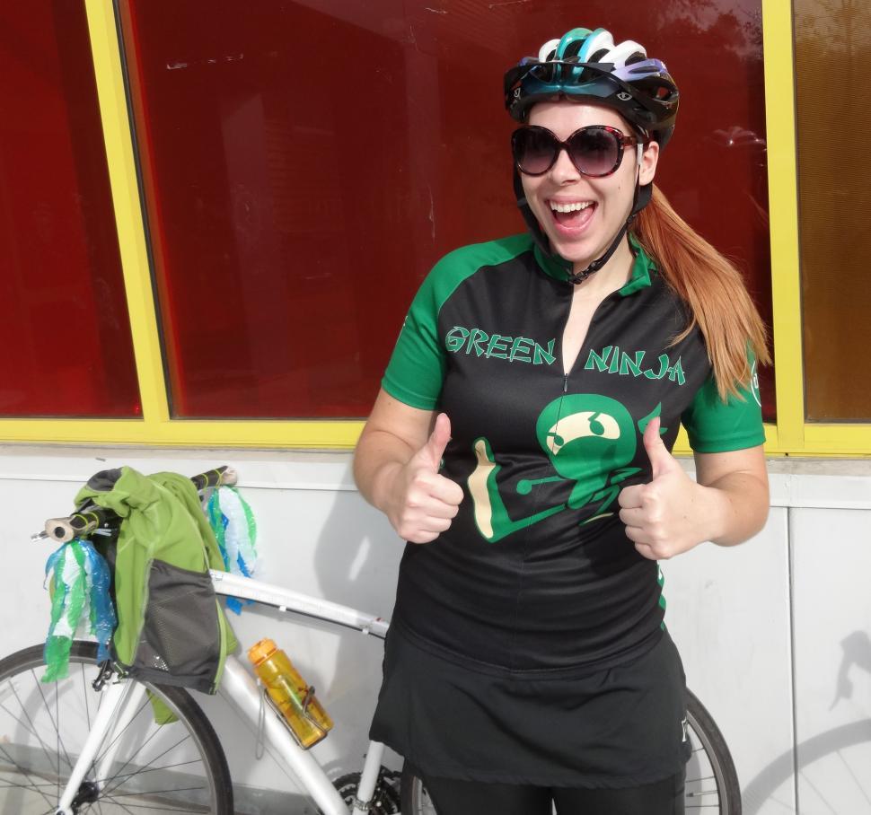 A comfy cyclist is a happy cyclist (CC BY-SA 2.0 San José Library https://www.flickr.com/photos/sanjoselibrary/)