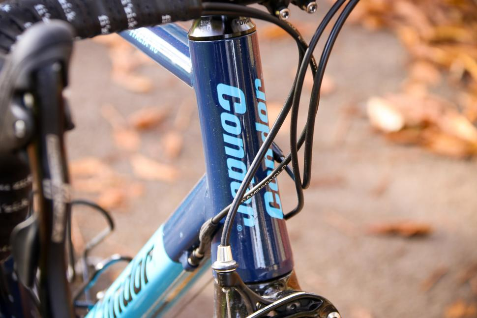 Condor Italia RC - head tube badge.jpg