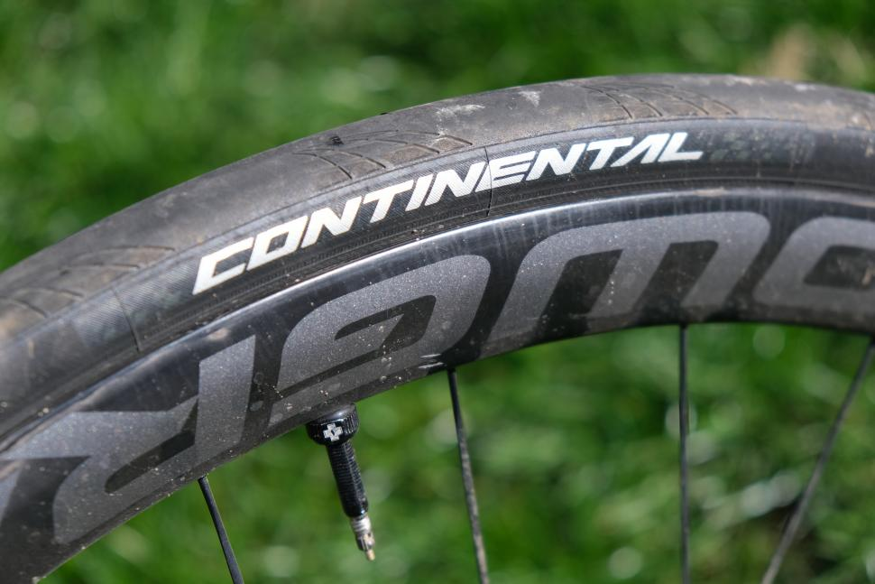 Review Continental Grand Prix 5000 Tl Road Cc
