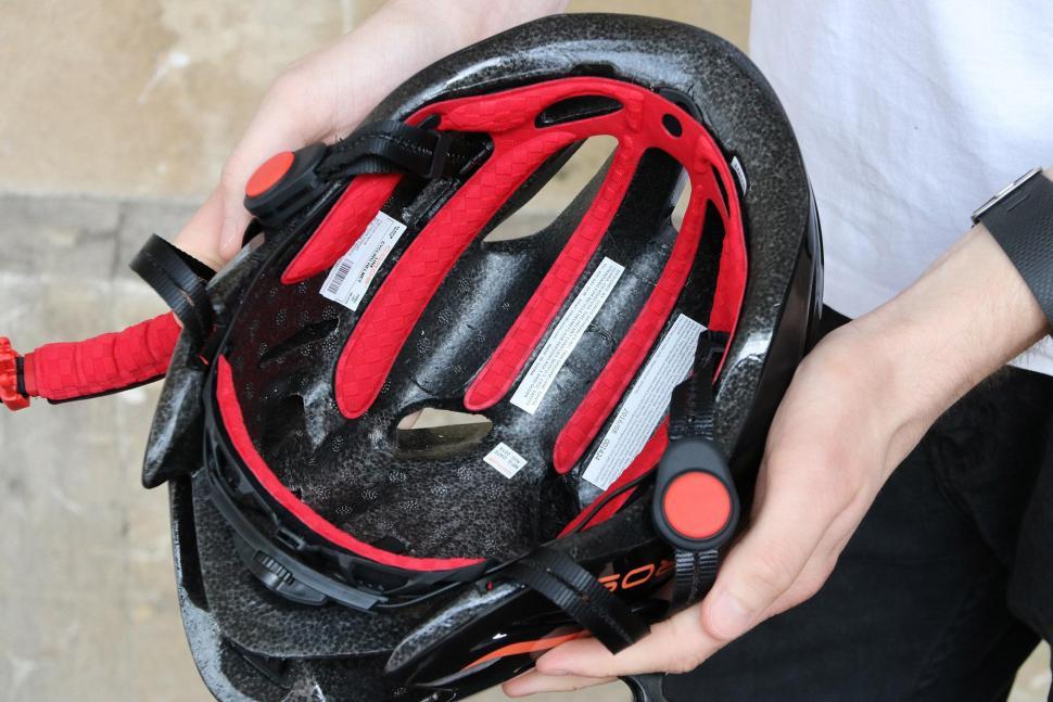 Coros Linx Smart Helmet - inside.jpg