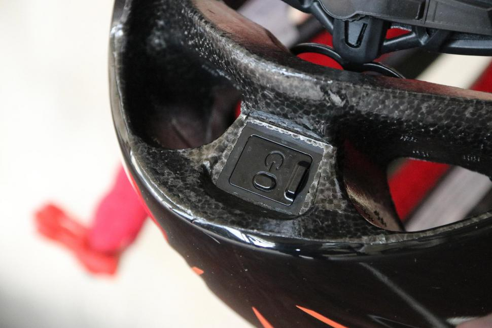 Coros Linx Smart Helmet - power.jpg