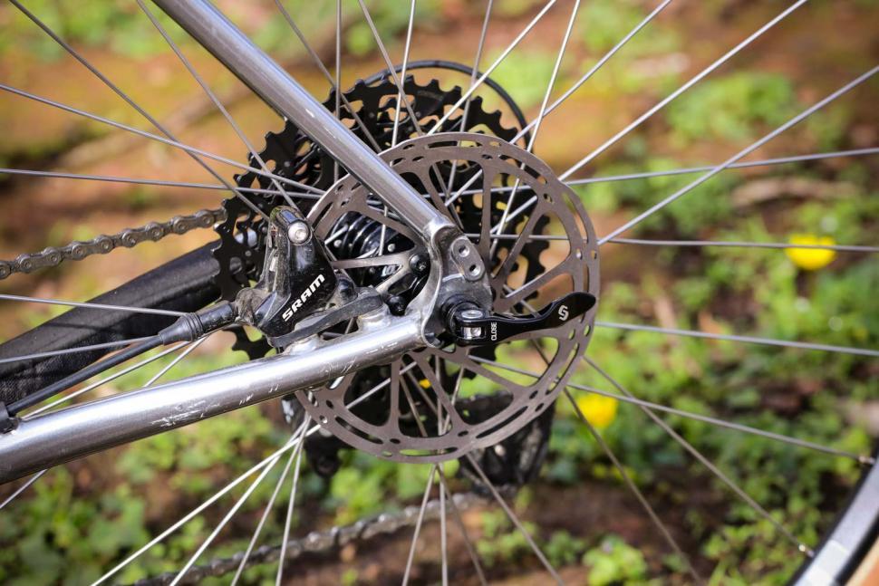 Cotic Escapade - rear disc brake.jpg