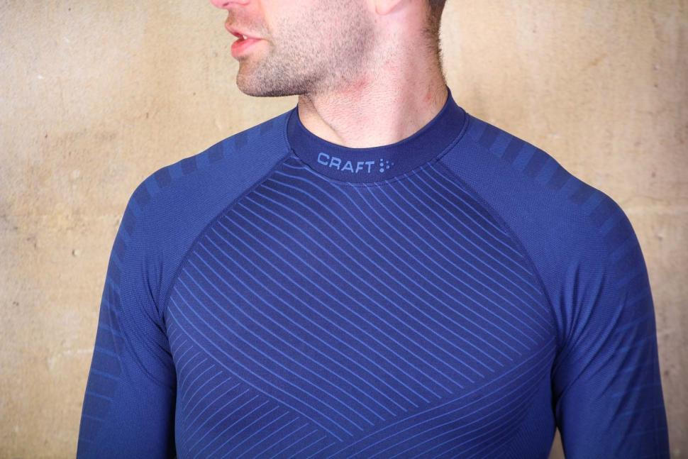 Craft Active Intensity CN LS M - chest.jpg