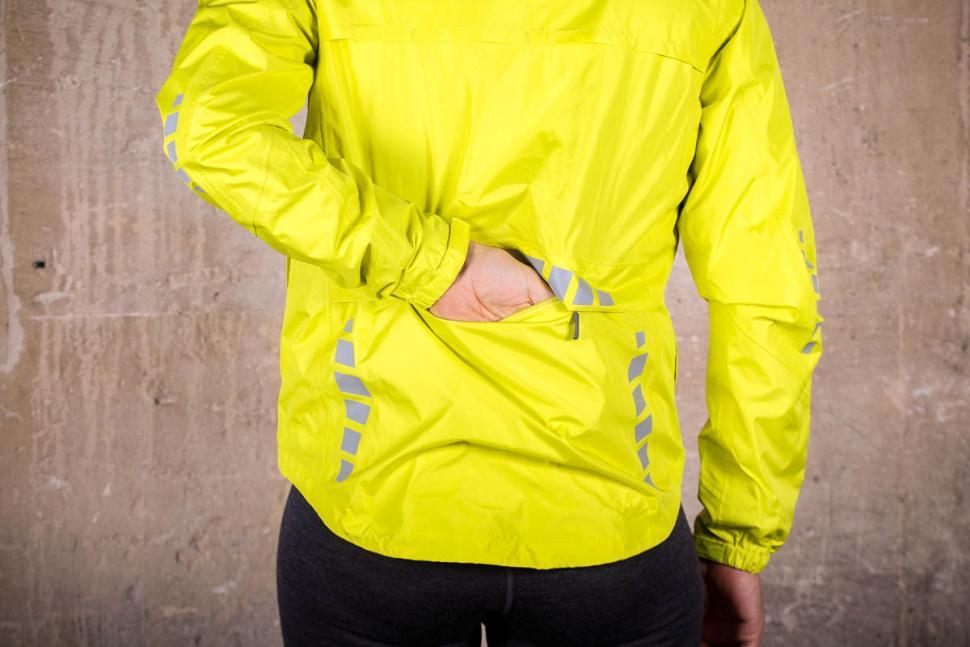 Crane Cycling Rain Jacket - pocket.jpg