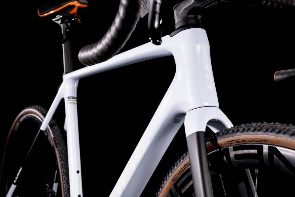 2022 Cross Race C: 68X SLT Cyclocross Bike close up 2