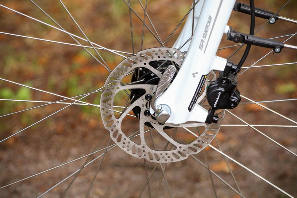 cube_touring_pro_-_front_disc_brake.jpg