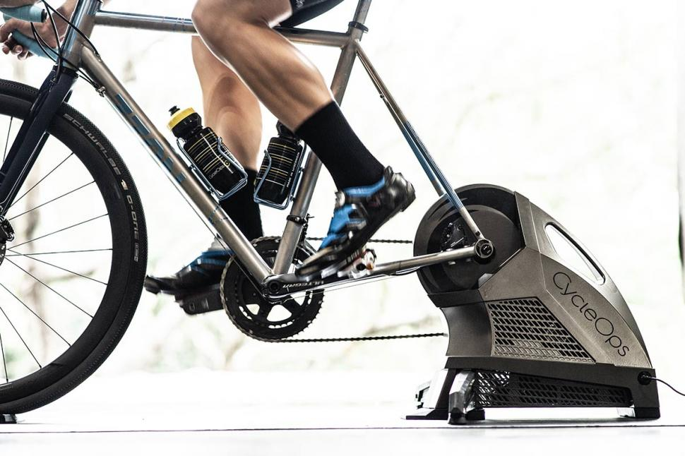 CycleOps H2 trainer 1.jpg