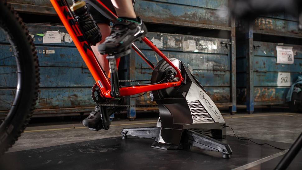 CycleOps H2 trainer 2.jpg
