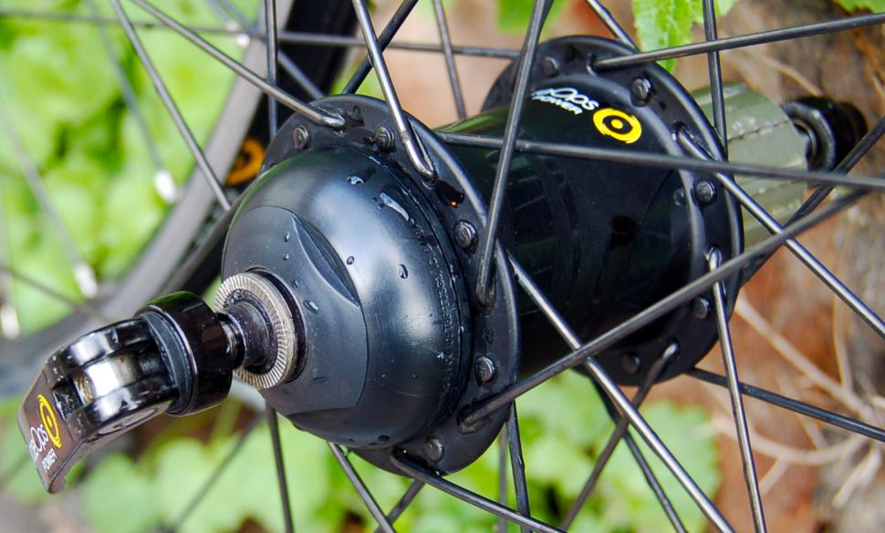 CycleOps PowerTap G3 alloy wheelset - hub detail.jpg
