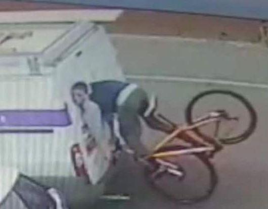 Cyclist crashes into back of van (via Georgina Taylor on Facebook).JPG