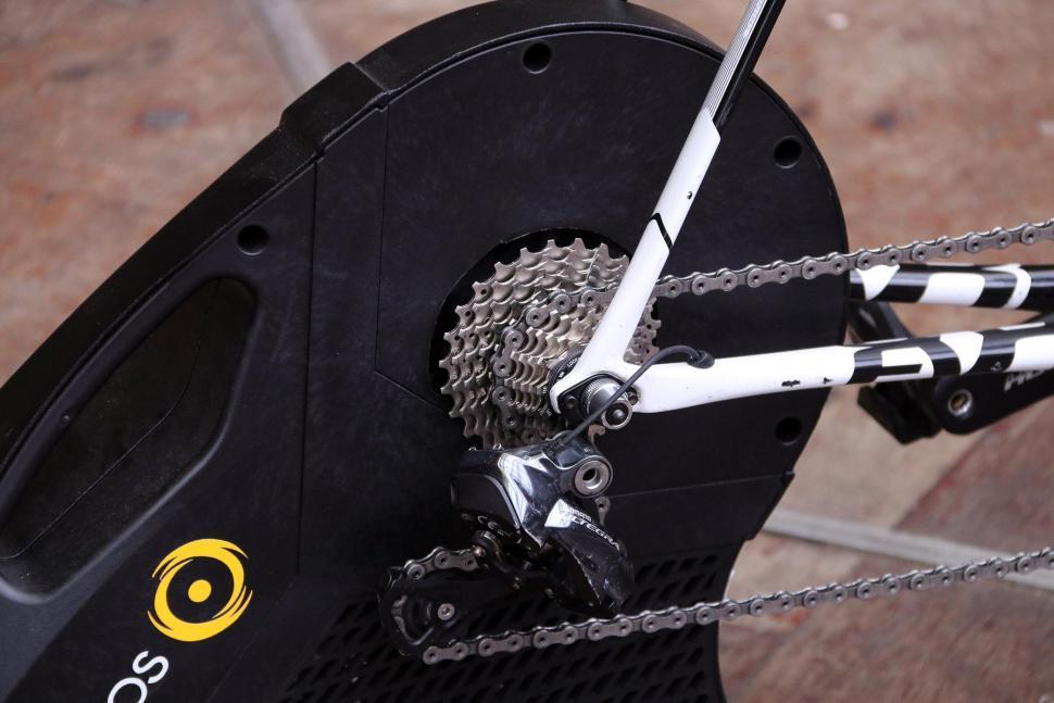 CycleOps Hammer Direct Drive SMART Trainer - cassette.jpg
