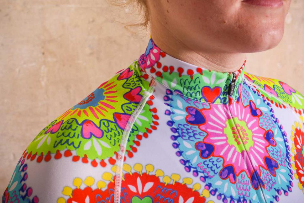 Cycology Spin Sista Women's Jersey - detail.jpg